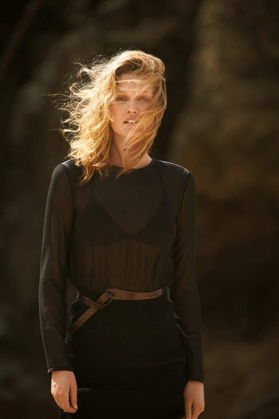 toni-garrn-14-daily-summer-may-2015-by-gilles-bensimon