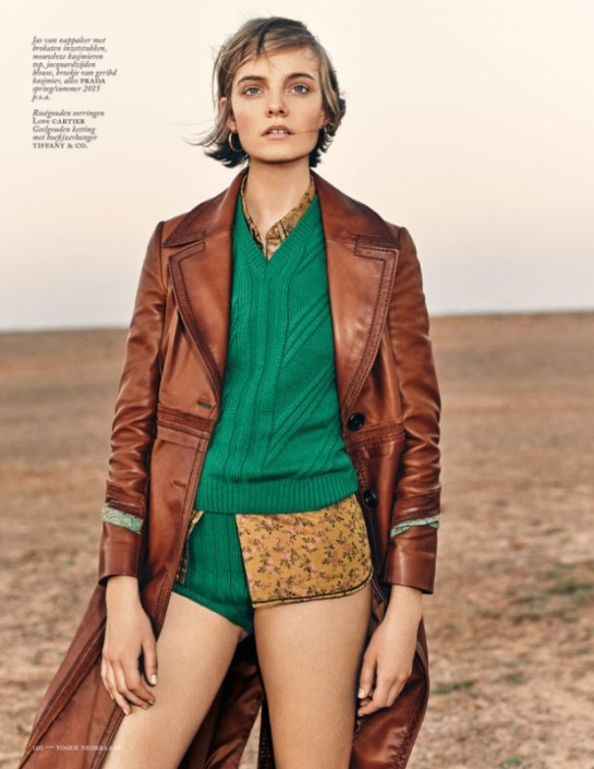 nimue-smit-vogue-netherlands-july-2015-11r-620x803