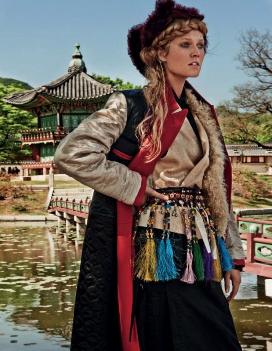 toni-garrn-by-giampaolo-sgura-for-vogue-germany-july-2015-11cd-620x800