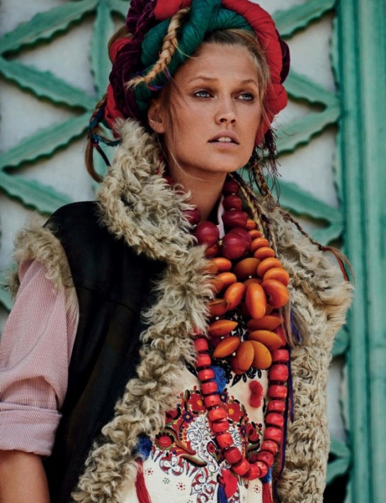 toni-garrn-by-giampaolo-sgura-for-vogue-germany-july-2015-11gy-620x808