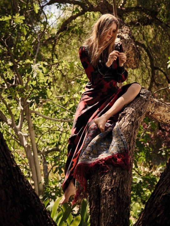 Vogue-China-Julia-Hafstrom-by-Mark-Segal-July-2015-06