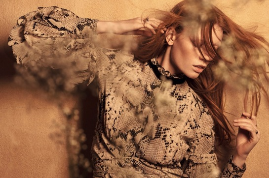 Vogue-China-Julia-Hafstrom-by-Mark-Segal-July-2015-09