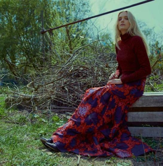 ELLE-UK-August-2015-Lily-Donaldson-by-Kai-Z-Feng-21-620x631