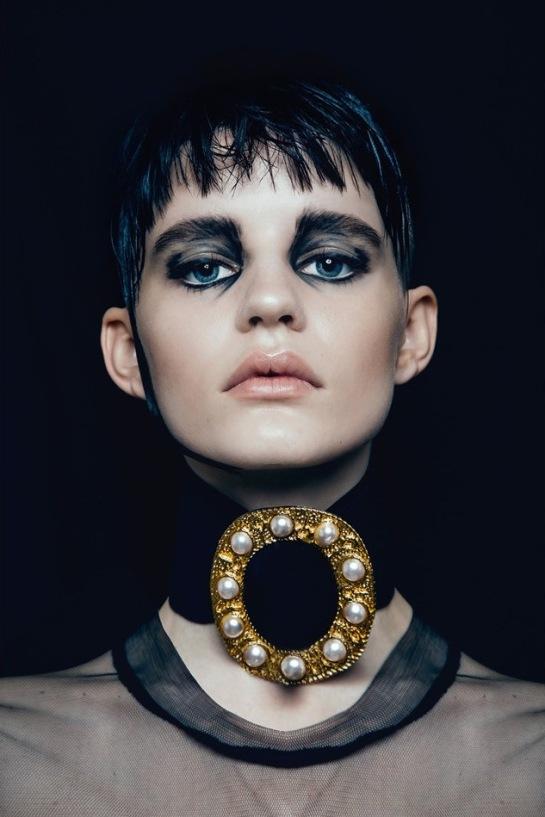 Hannah-Elyse-Stark-by-Bonnie-Hansen-for-Black-Magazine-15