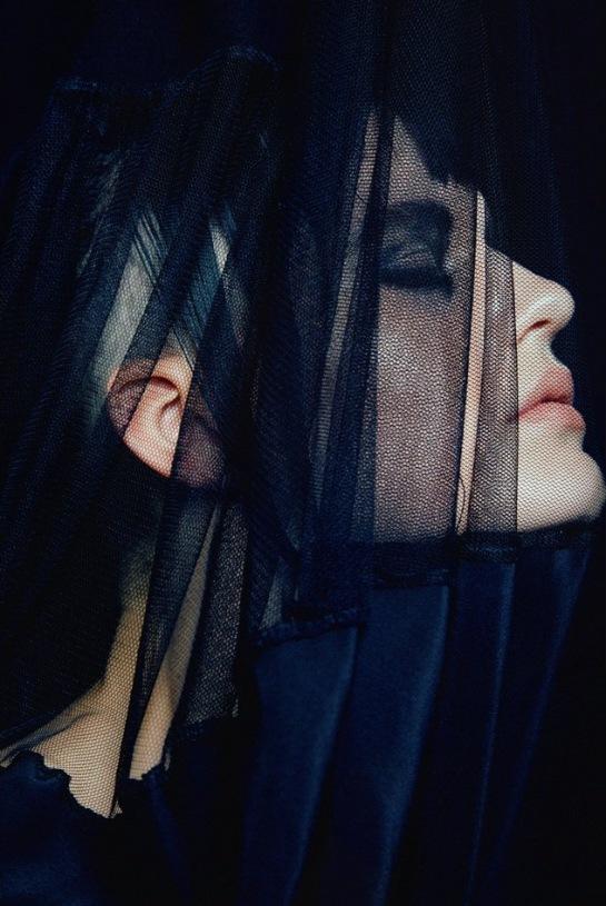 Hannah-Elyse-Stark-by-Bonnie-Hansen-for-Black-Magazine-7