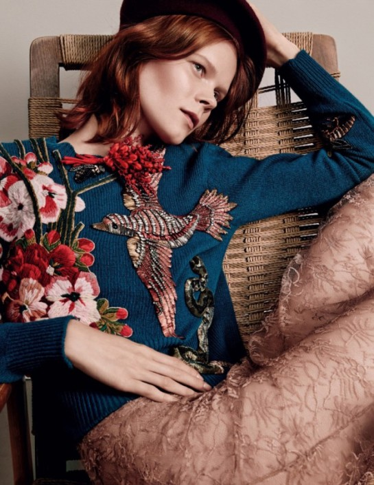 irina-kravchenko-by-jason-kibbler-for-vogue-russia-august-flowers-2015-3-620x803
