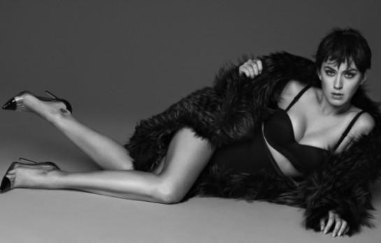 Vogue-japan-katy-perry-giampaolo-sgura-2015-11dda-620x396