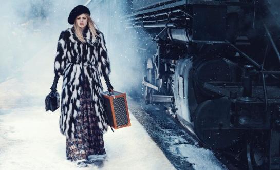 Harpers-Bazaar-US-November-2015-Ola-Rudnicka-by-Norman-Jean-Roy-01