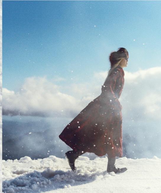Harpers-Bazaar-US-November-2015-Ola-Rudnicka-by-Norman-Jean-Roy-07