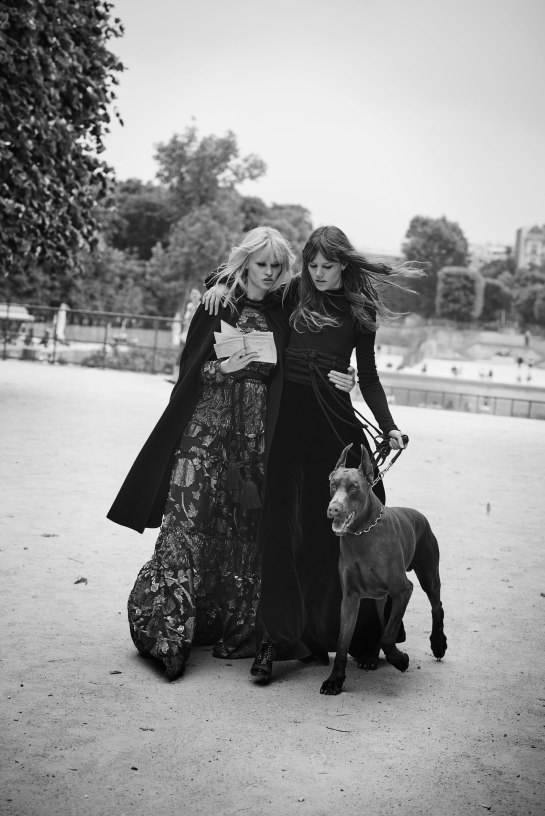 lara-stone-freja-beha-erichsen-by-peter-lindbergh-for-w-magazine-november-2015-6
