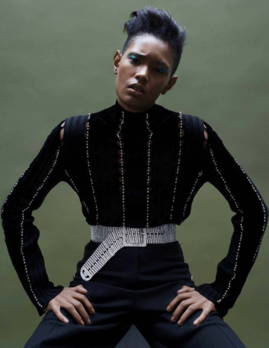 model-ysaunny-brito-by-jan-welters-for-vogue-netherlands-november-2015-5aww-620x803