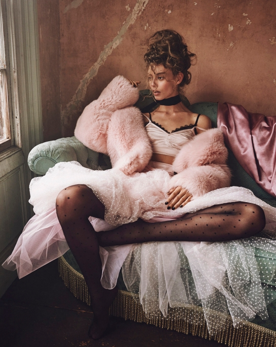 ondria-hardin-by-mariano-vivanco-for-vogue-russia-november-2015-4