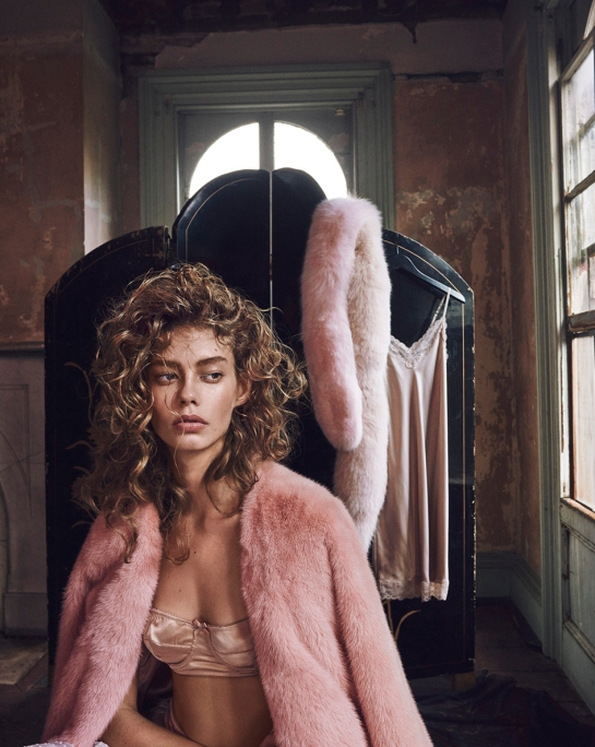 ondria-hardin-by-mariano-vivanco-for-vogue-russia-november-2015-6