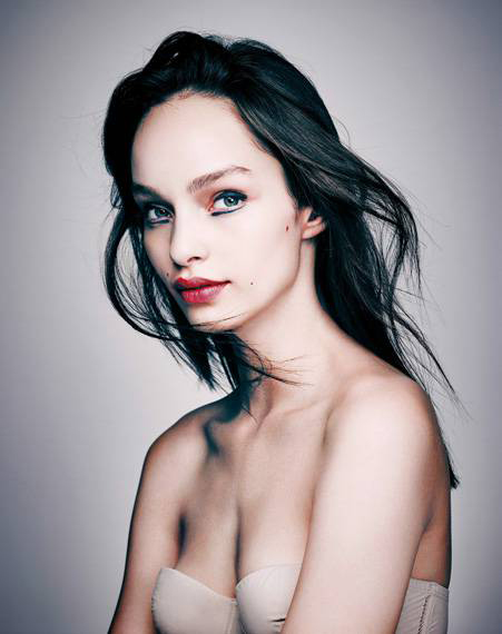 luma_grothe-by-eric_traore-madame_figaro-october_2015-13