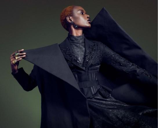 Vogue-Germany-December-2015-Grace-Bol-by-Luigi-and-Iango.98jpg-620x501