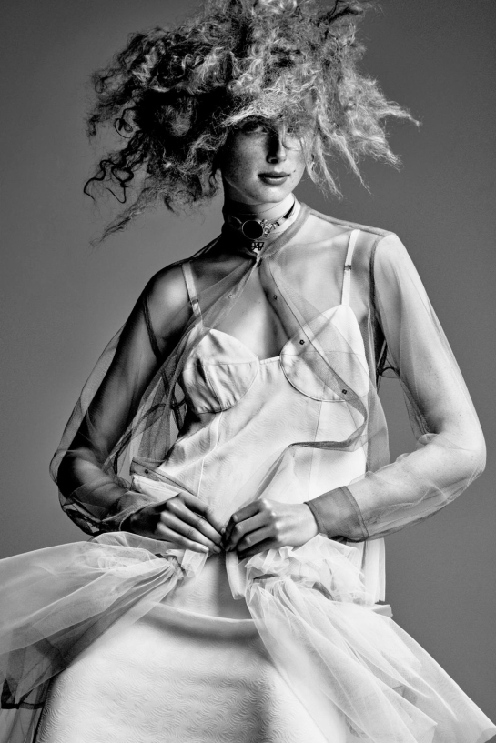 rianne-van-rompaey-by-patrick-demarchelier-for-interview-magazine-december-2015-11