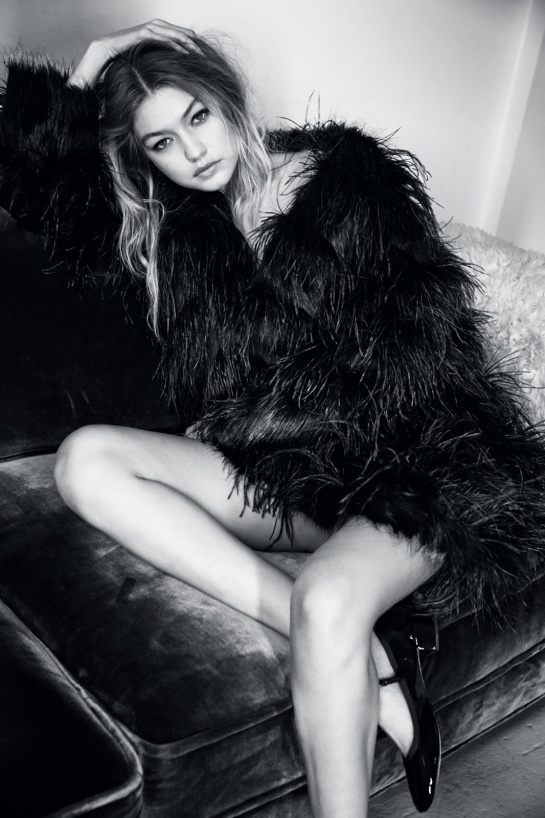 Vogue_UK-January_2016-Gigi_Hadid-by-Patrick_Demarchelier-08